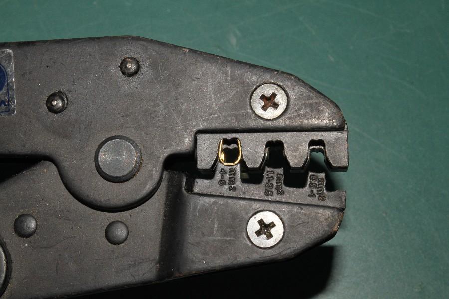 kabel richtig crimpen tipps tricks circuit board. Black Bedroom Furniture Sets. Home Design Ideas