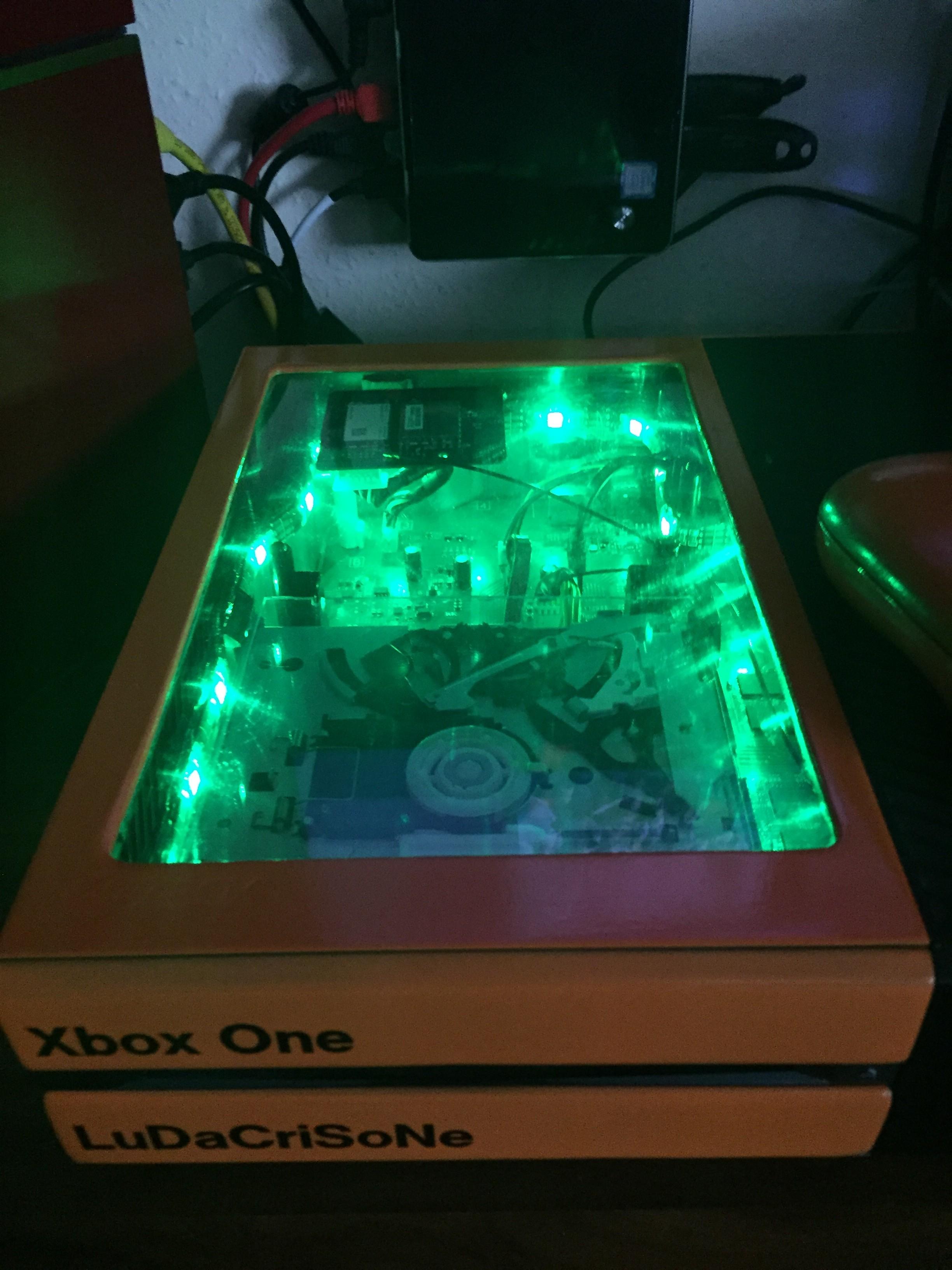 Xbox One Case Modding - Eure Projekte - Circuit-Board